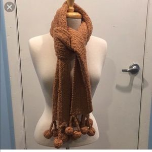 Kenneth Cole Reaction brown knit scarf